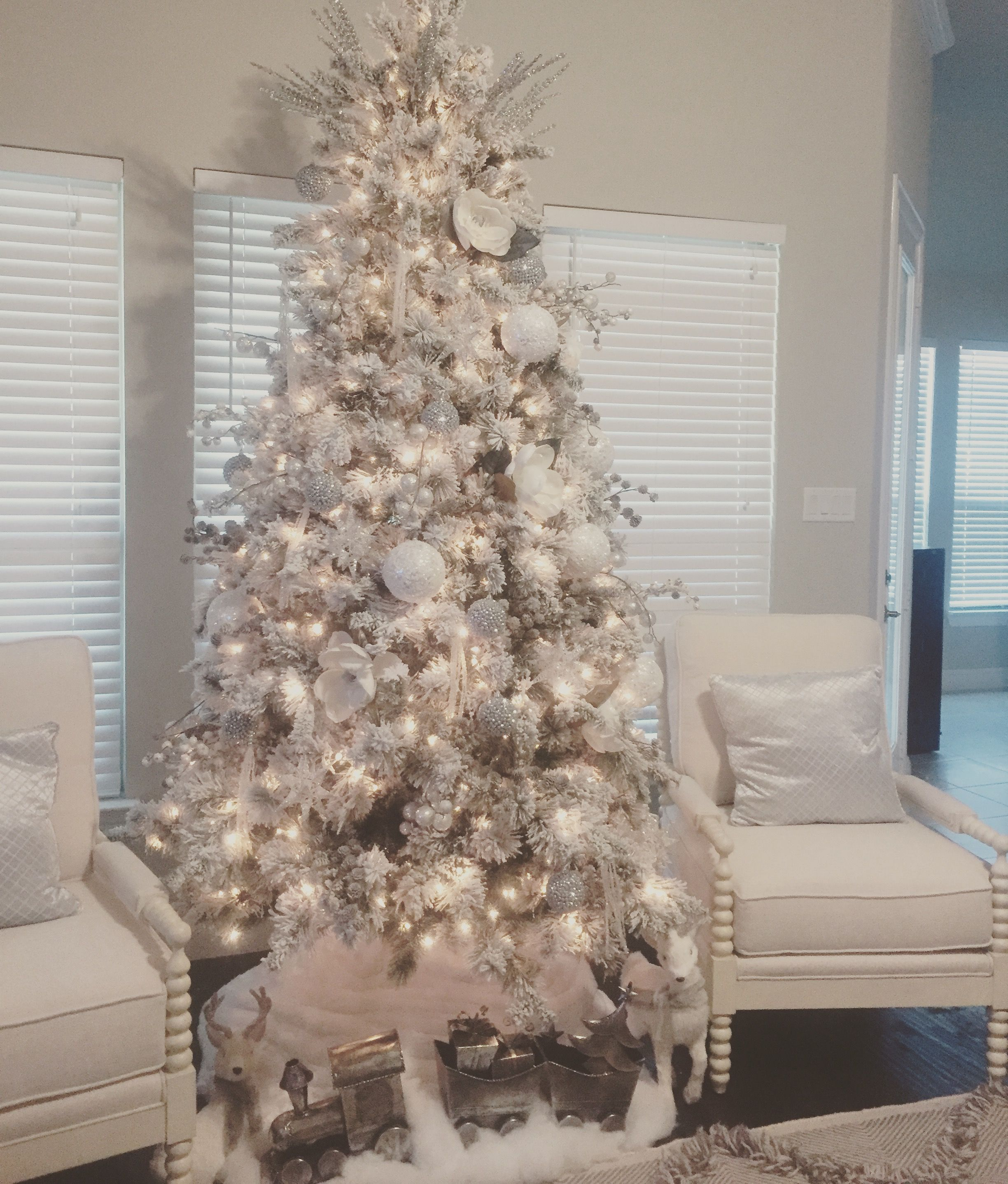 My Christmas Tree White Christmas Trees Christmas Tree Inspiration Holiday Christmas Tree