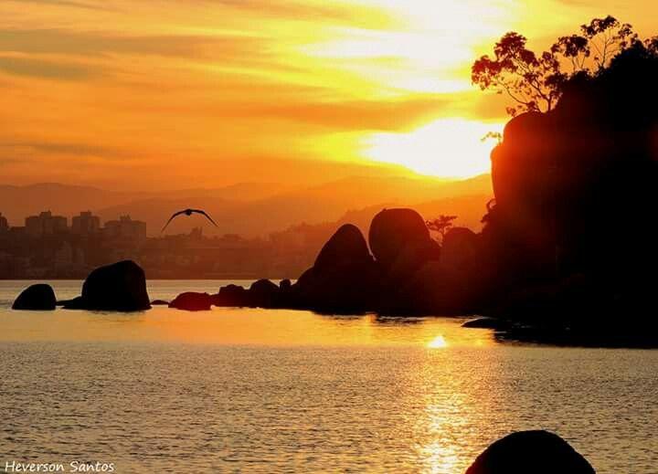 Por do sol em  Itaguaçu - Florianópolis