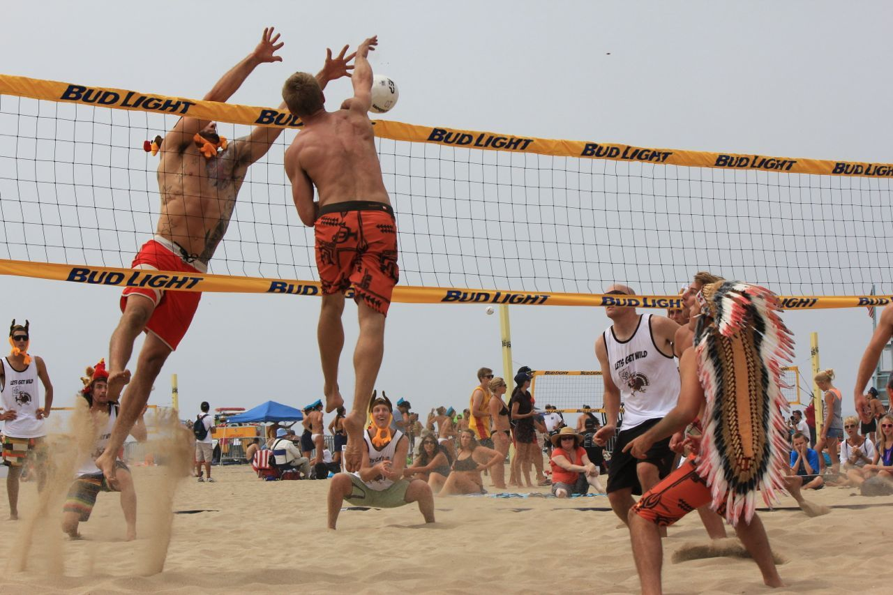 Midweek Six Man Volleyball Tournament Tame Controlled Volleyball Tournaments Mens Volleyball Volleyball
