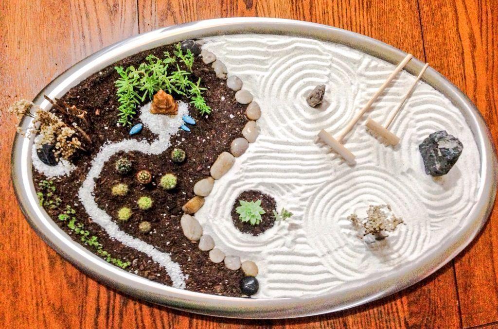 Best Awesome Mini Zen Garden Use The Box Cutter To Decrease Through The Wavy Design You Simply Created Zen Garden Diy Miniature Zen Garden Mini Zen Garden