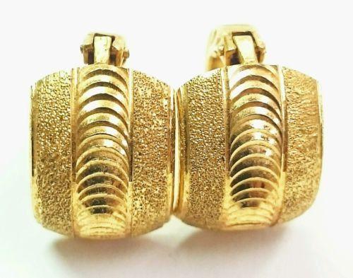 VINTAGE 21K Solid Yellow Gold Diamond Cut Huggie Modernist Lever Back Earrings