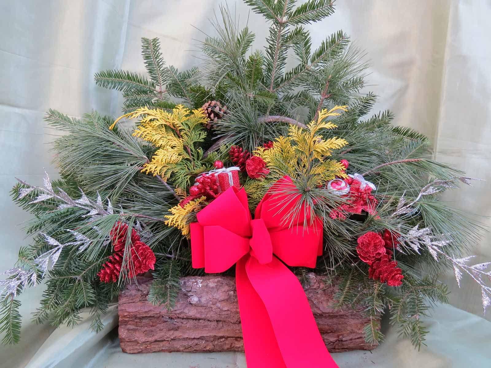 Custom Decorated Log - The Garden Barn Nursery, Vernon, CT ...