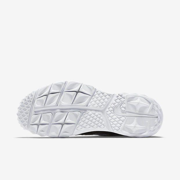 wholesale dealer fdc38 f3bf9 Chaussure de golf Nike Flyknit Chukka pas cher pour Homme Noir Blanc