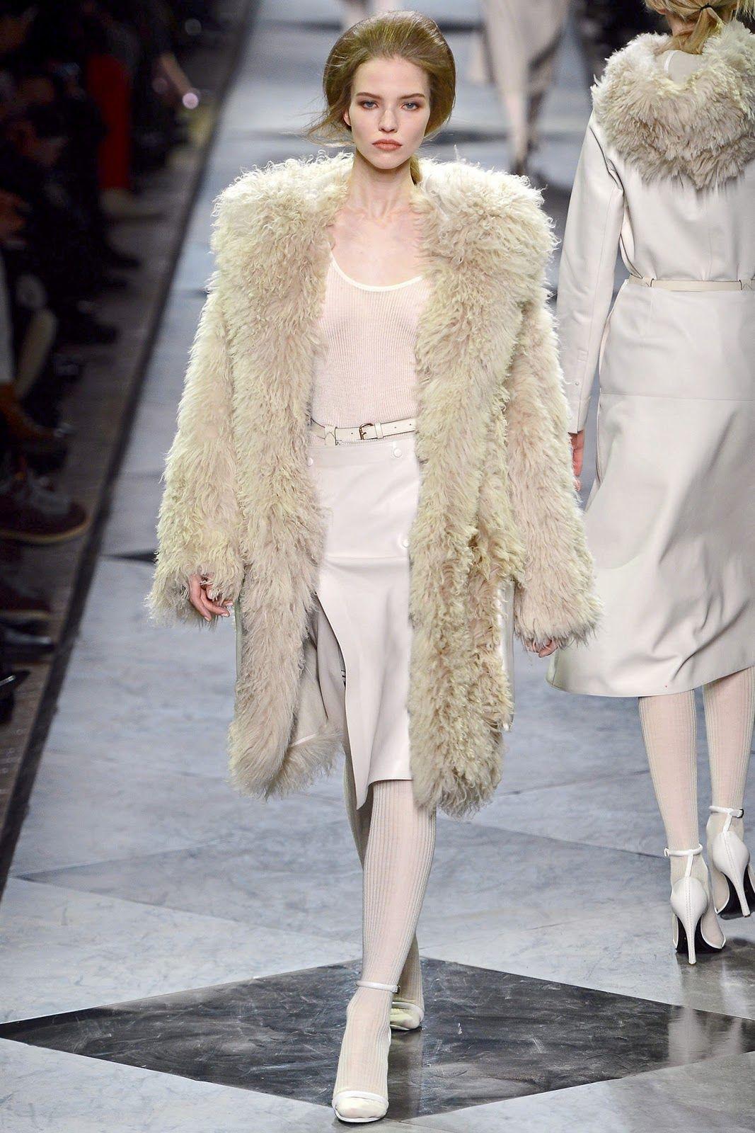 Loewe Fall/Winter 2013 collection - Paris fashion week