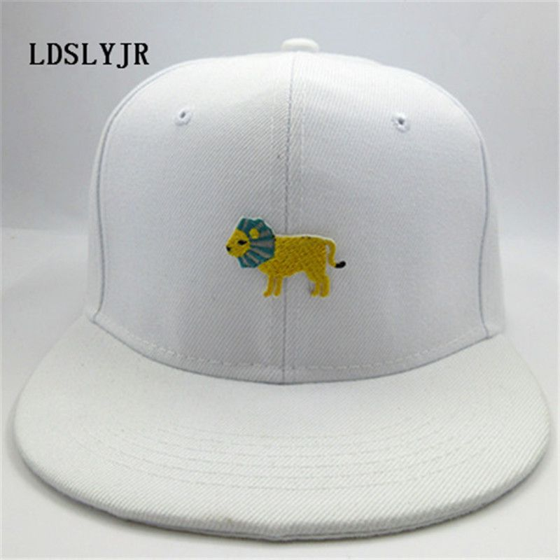 215f8943216 LDSLYJR Cotton Cartoon Lion Embroidery Adjustable Baseball Cap Hip-hop Hat  Boys Girls Snapback Cap