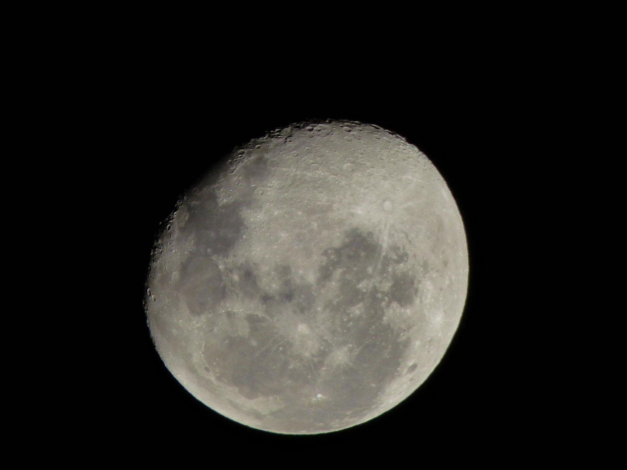 Fotografía Crateres de la Luna por Ivan Federico Diaz Massara en 500px