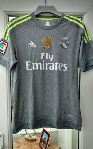Real madrid away shirt, #adult #medium, fifa #badge ,  View more on the LINK: 	http://www.zeppy.io/product/gb/2/182267865126/