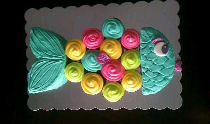 Rainbow Fish Pull Apart Cake Fishing Cupcakes Fish Cake