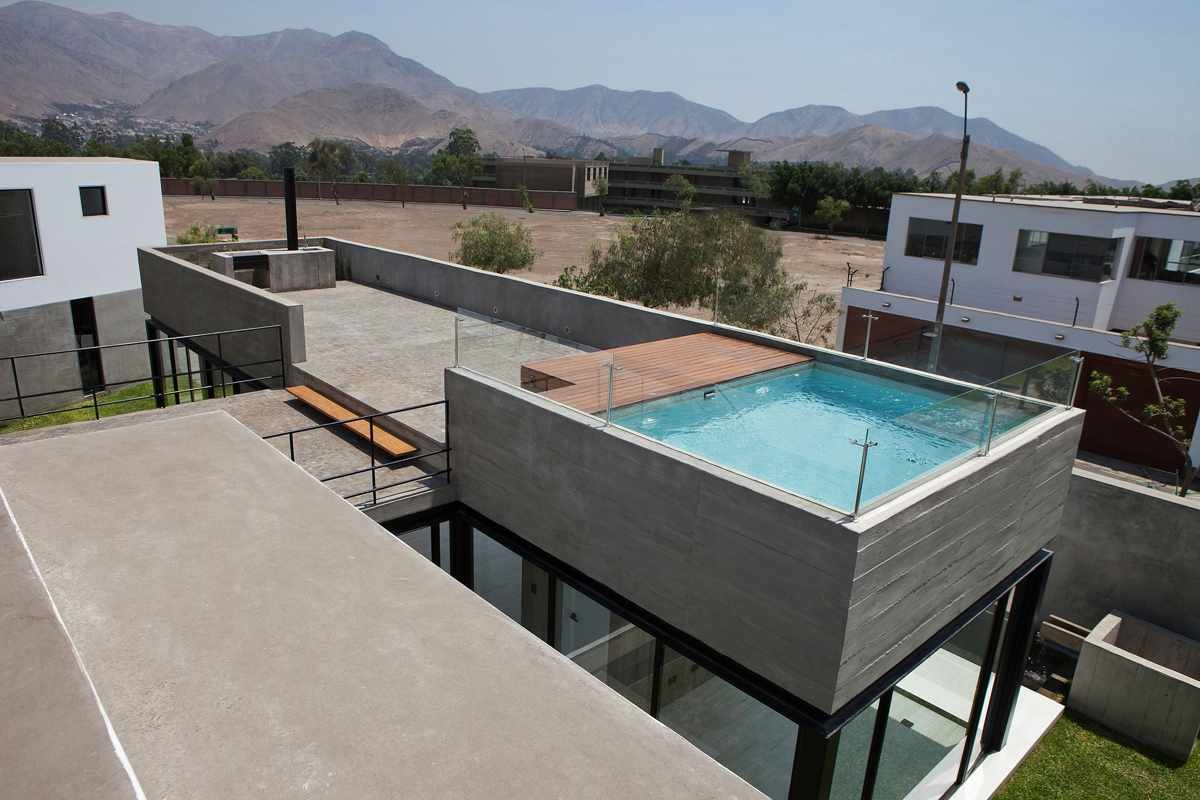 House With Rooftop Pool Rooftop Terrace Design Rooftop Patio Design House Design