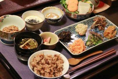 京都丸太町にある町家カフェで酵素補給 身体の中から綺麗に 身体の外から健康を提供しております オリジナル酵素玄米と酵素ドリンクをはじめ 醗酵調味料を使った酵素料理をお手頃価格でご提供 レシピ 食べ物のアイデア 料理
