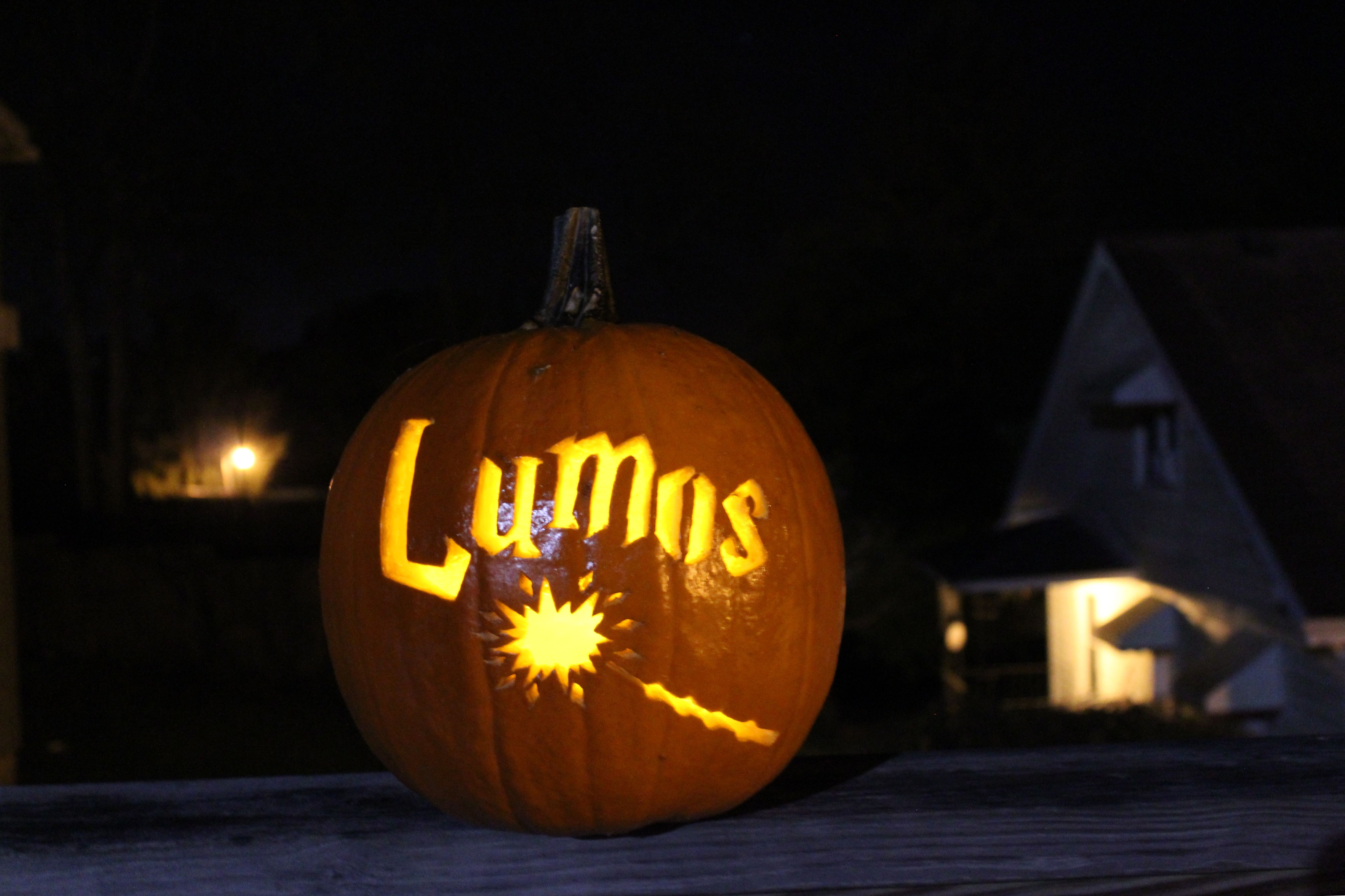 Harry Potter pumpkin carving ideas Lumos Harry potter