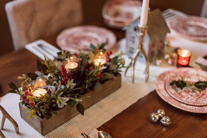 7 Tips For An Easy Elegant Christmas Table Table Decorations Christmas Table Decorations Elegant Christmas