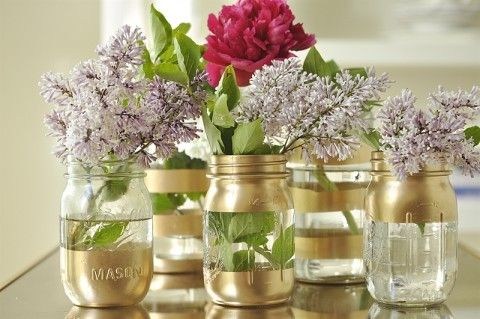 DIY Gold Mason Jar Flower Vases | SofieBelle | Mason jar diy