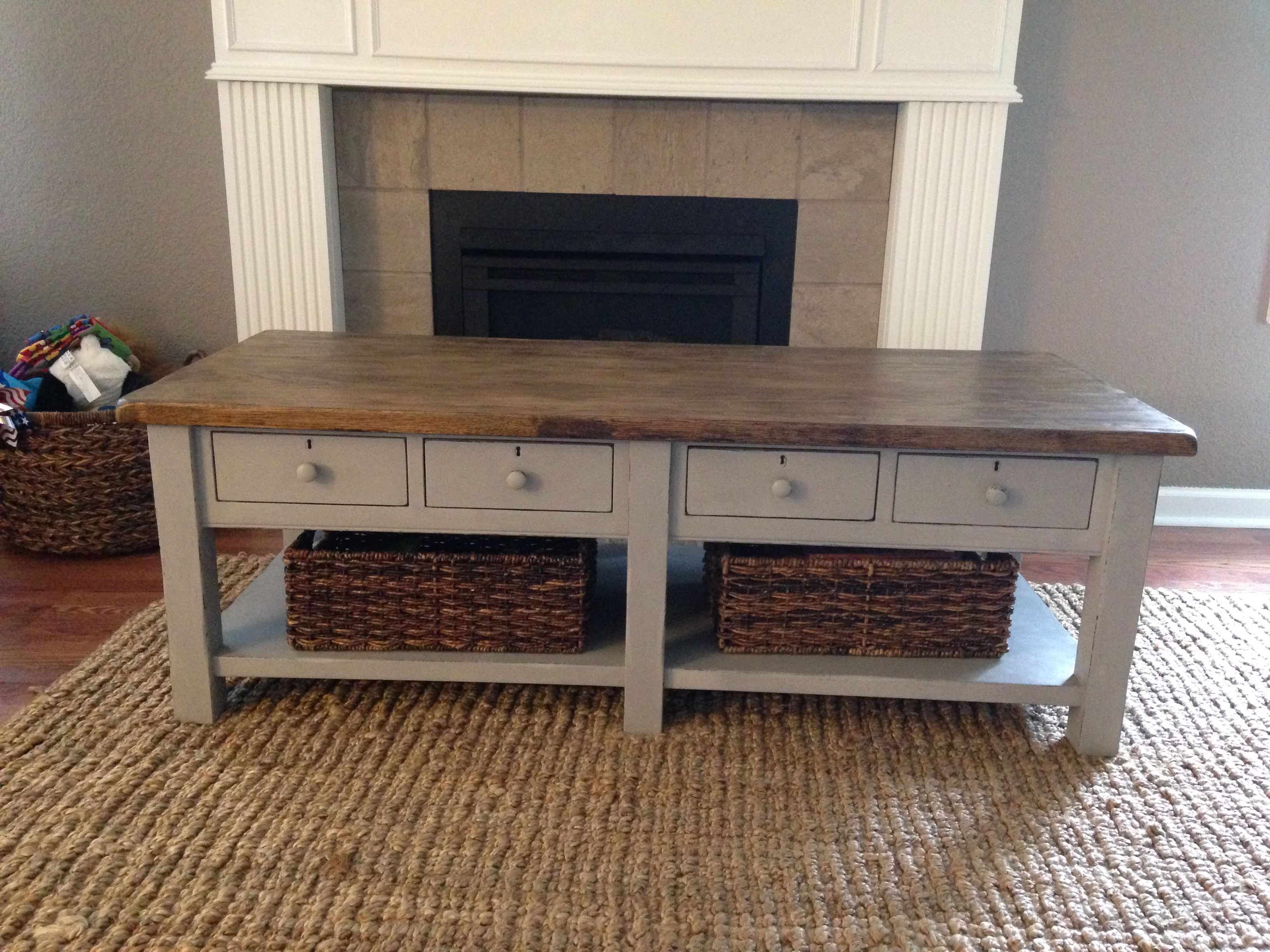 Coffee table chalk paint makeover Painted coffee tables