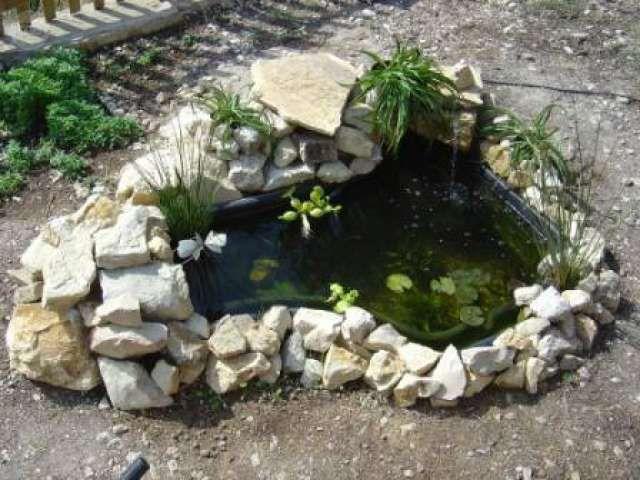 resultado de imagen de estanque prefabricado jardin