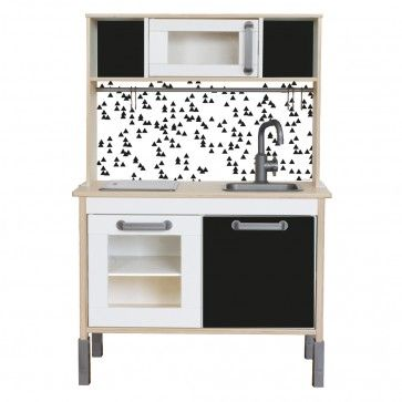 ikea kinderk che im schwarz wei look schnell und einfach. Black Bedroom Furniture Sets. Home Design Ideas