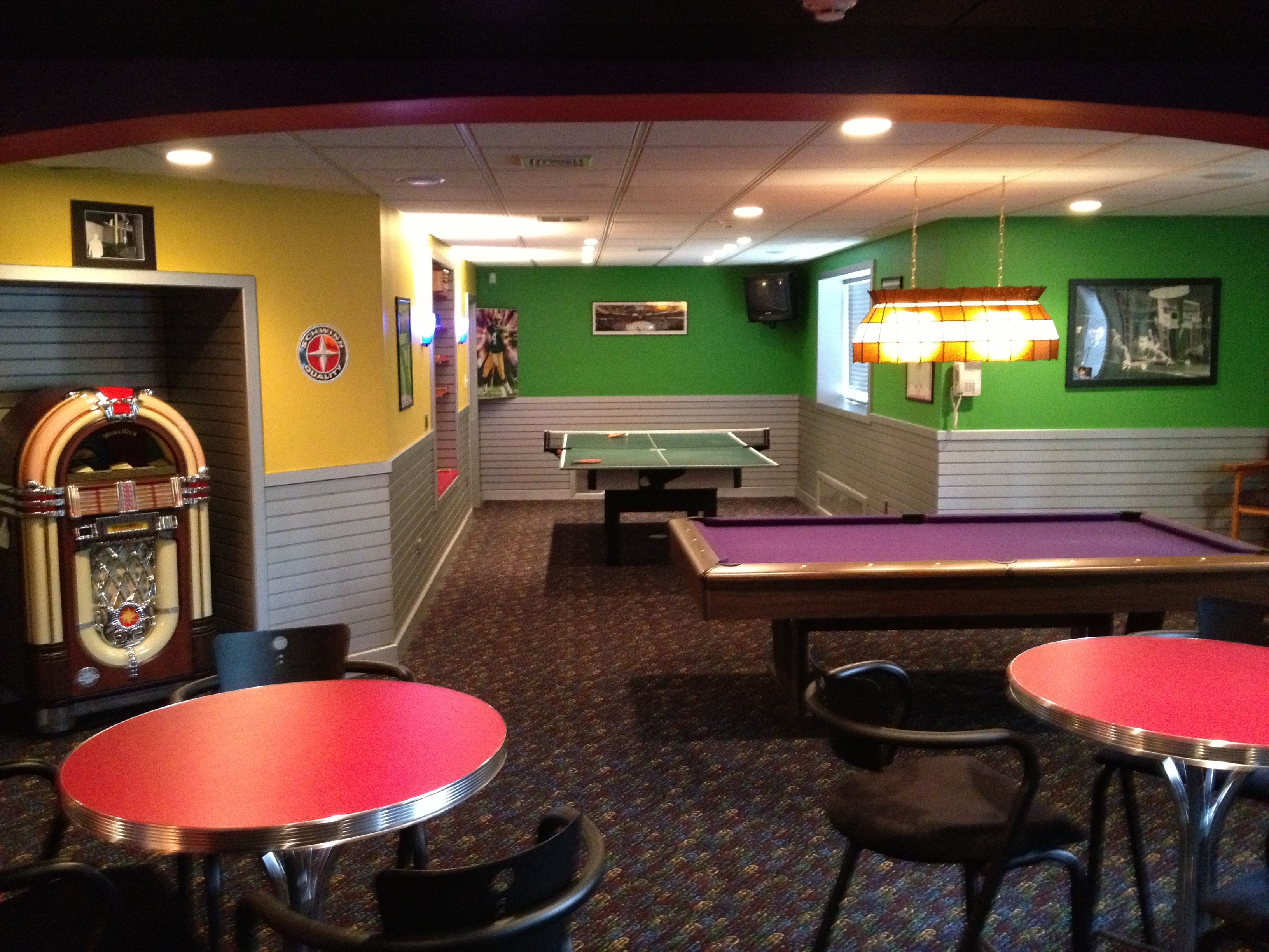 Very cool game room | House Upgrades | Pinterest | Einrichten und ...