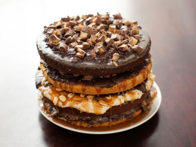Cake recipes with snickers candy bars