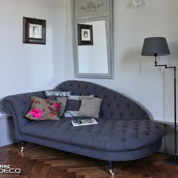 modern chaise lounge chairs recamier for chic room decor in classic french style home decor. Black Bedroom Furniture Sets. Home Design Ideas