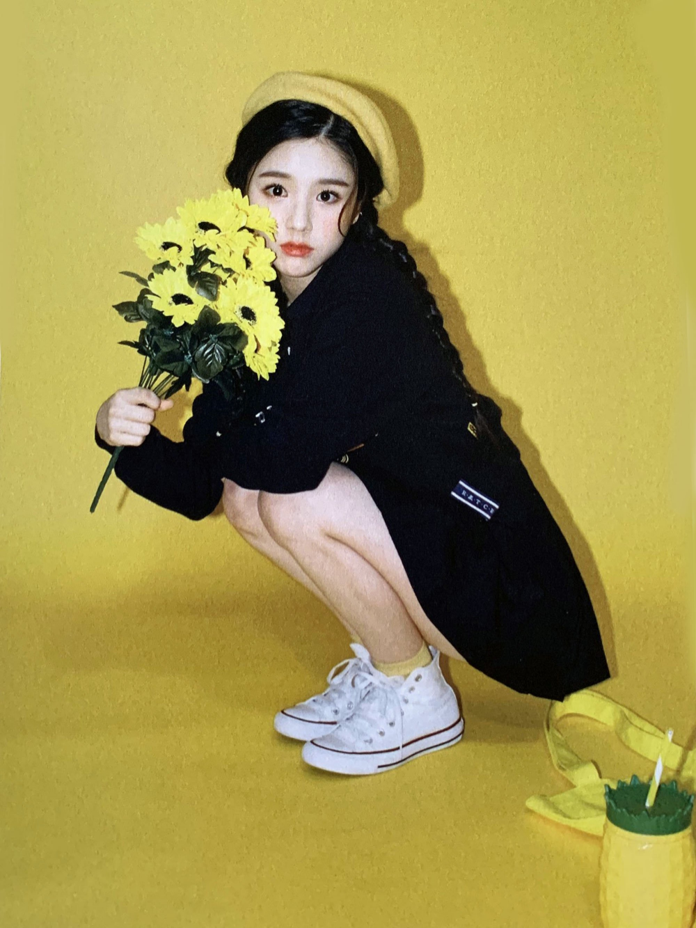 ⃝ on in 2020 (With images) Kpop girls, Girl photos