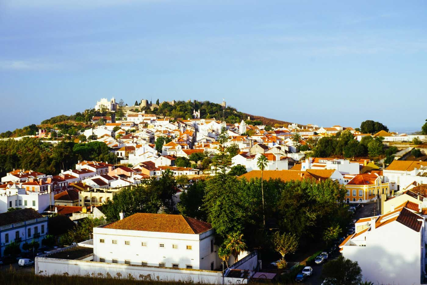 The Alentejo Is Portugal S Hidden Treasure Boasting Spectacular Beaches Traditional Fishing Villages Historical Towns And Perfec Andalusien Algarve Portugal