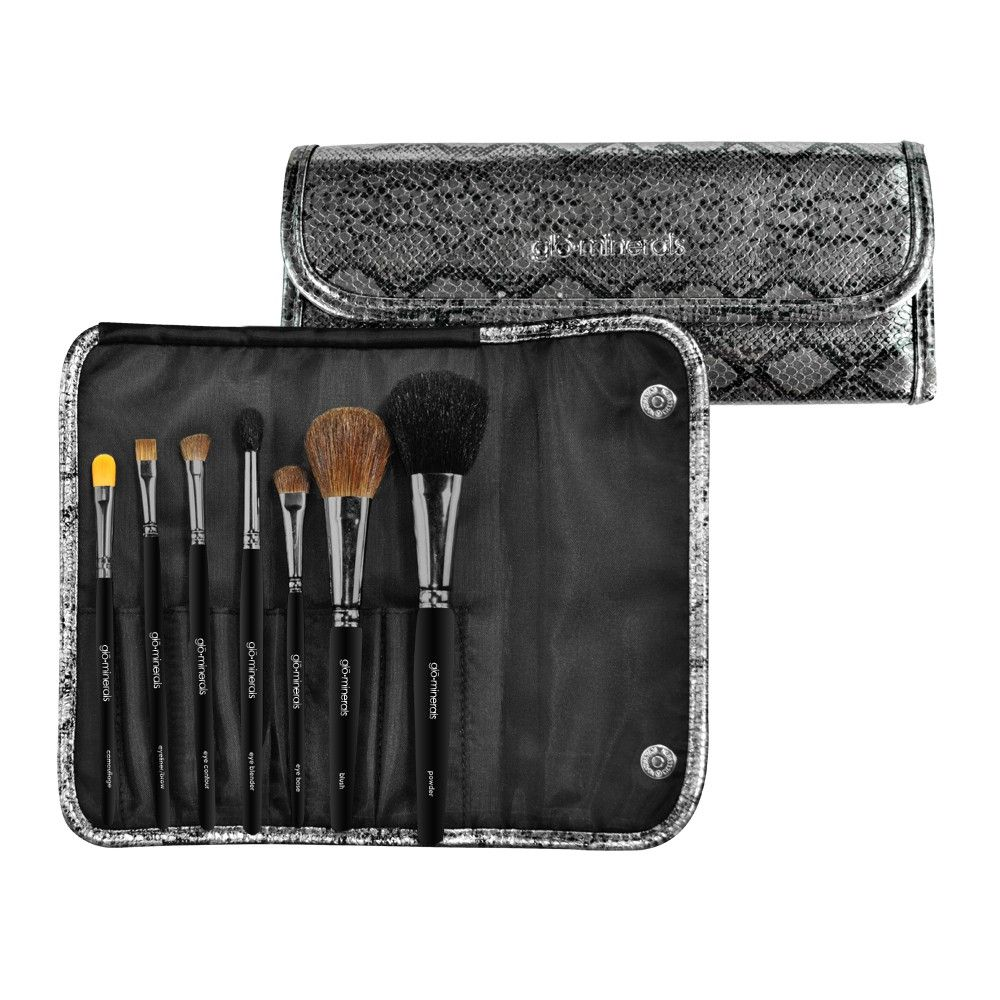 Deluxe Brush Roll Have a brush with greatness! Seven of