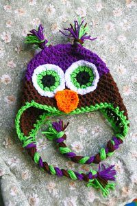 Oh look, it's another free owl hat pattern. I thought I had pinned them all. ;-)