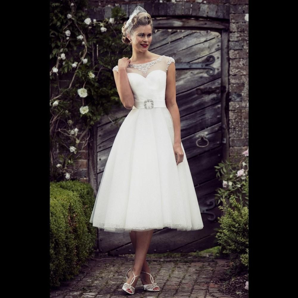 55 Audrey Hepburn Style Wedding Dress Country Dresses For Weddings Check More At Http
