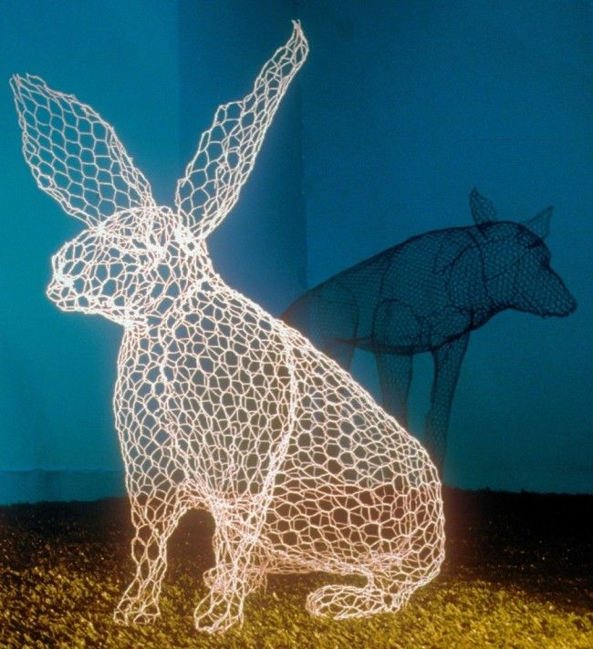 Beautiful hollow sculptures made with chicken wire | Chicken wire