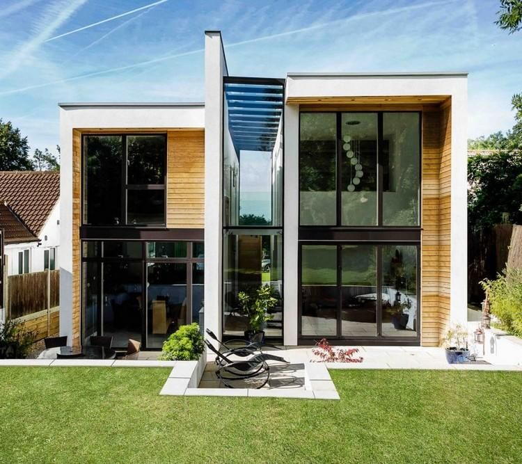Moderne Hausfassaden Bilder einfamilienhaus mit garten und patio häuser house