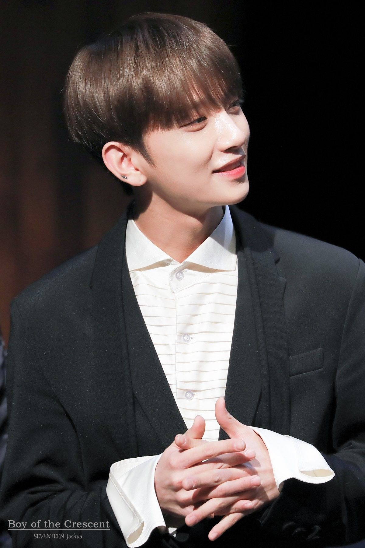 초승달의소년 On Joshua Seventeen Seventeen Jisoo Seventeen