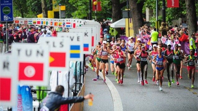 Valeria Straneo of Italy leads the pack during the Women's Marathon