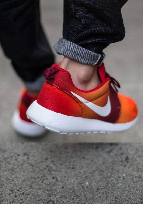 NIKE Roshe Run Print Team Orange #rosherun #nike #runners
