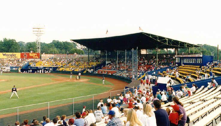 War Memorial Stadium Greensboro Nc Former Home Of The A Greensboro Bats Baseball Stadium Stadium War Memorial