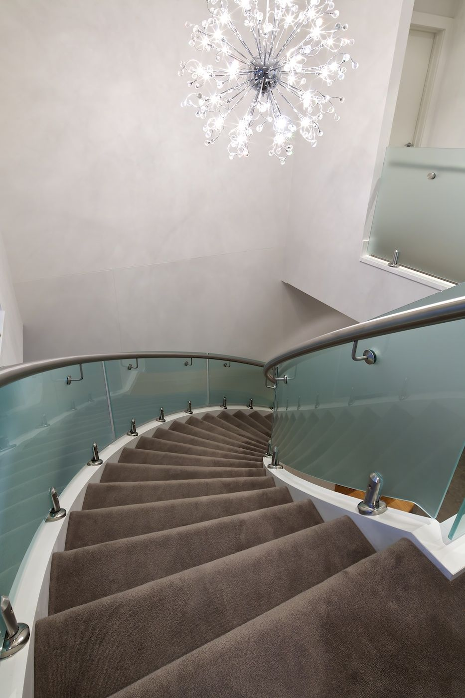 Best Frosted Curved Staircase Curved Staircase Staircase 400 x 300