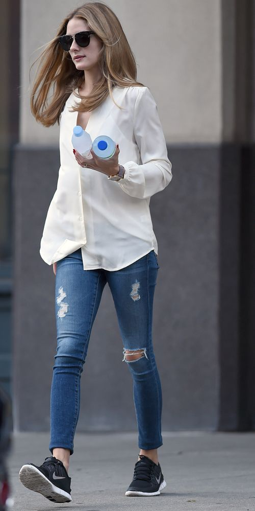 Olivia palermo nike sneakers casual friday celebrity for Adidas originals palermo