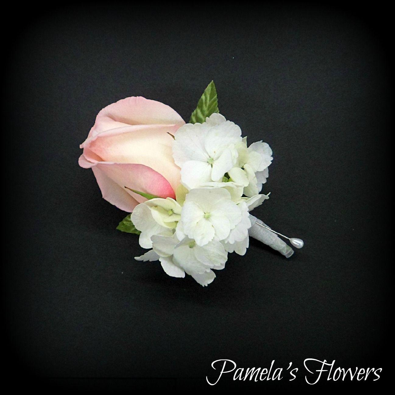 Weddings Pamela S Flowers Enola Pa 17025 Wedding Party Flowers Flower Delivery Service Light Pink Rose