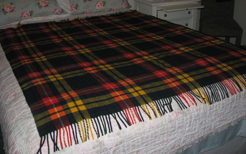 VINTAGE EATONS PLAID LAMBSWOOL THROW BLANKET TRAVEL RUG RED BLUE CAMPING CABIN