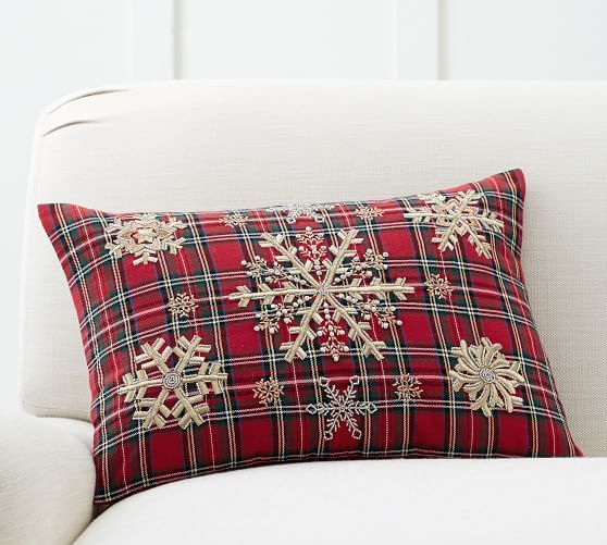 Cuscini Rossi Natalizi.Embellished Snowflake Plaid Lumbar Pillow Cover Cuscini