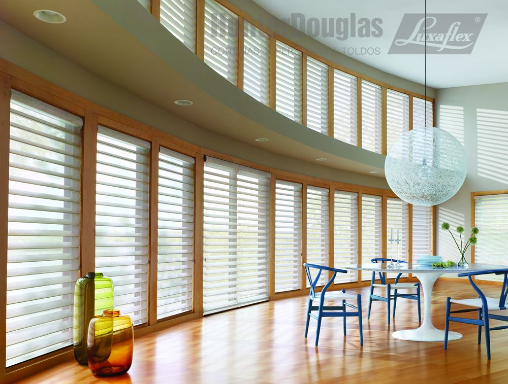 Cortinas silhouette hunterdouglas luxaflex cosas para comprar surround yourself with the beauty of softened sunlight in this contemporary dining room spacesilhouette window shadings hunter douglas window solutioingenieria Image collections