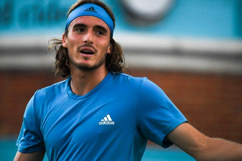 Stefanos Tsitsipas The Last Six Months Of Truth Start In Worst Way Greek Plays Roger Federer Very Well