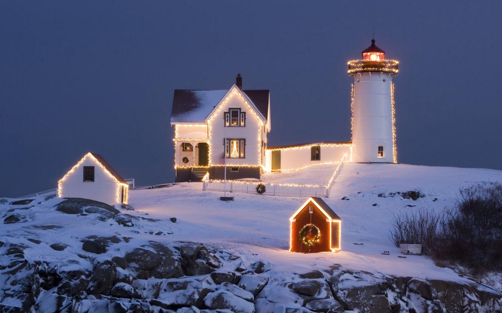 Christmas-lighthouse-and-house-with-christmas-lights ...
