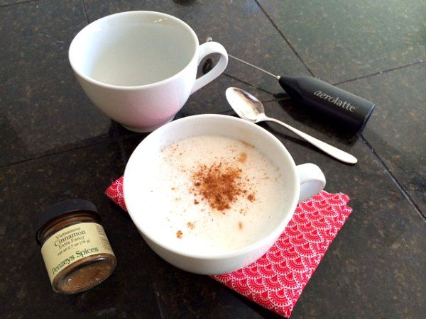 How to make a latté at home without an espresso machine. – Modern Mrs. Darcy