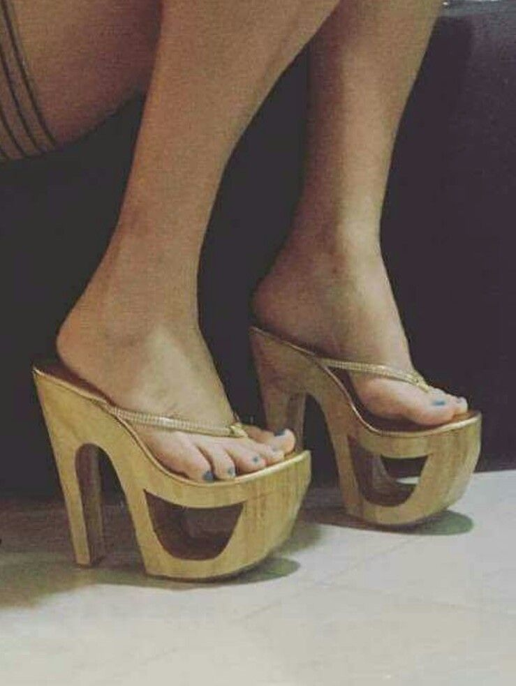 c61a9d1f1b Pin de Luis Carlos em Sexy Shoes