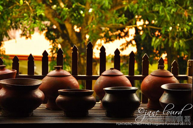 banggerahan   Philippine architecture, Table decorations ...