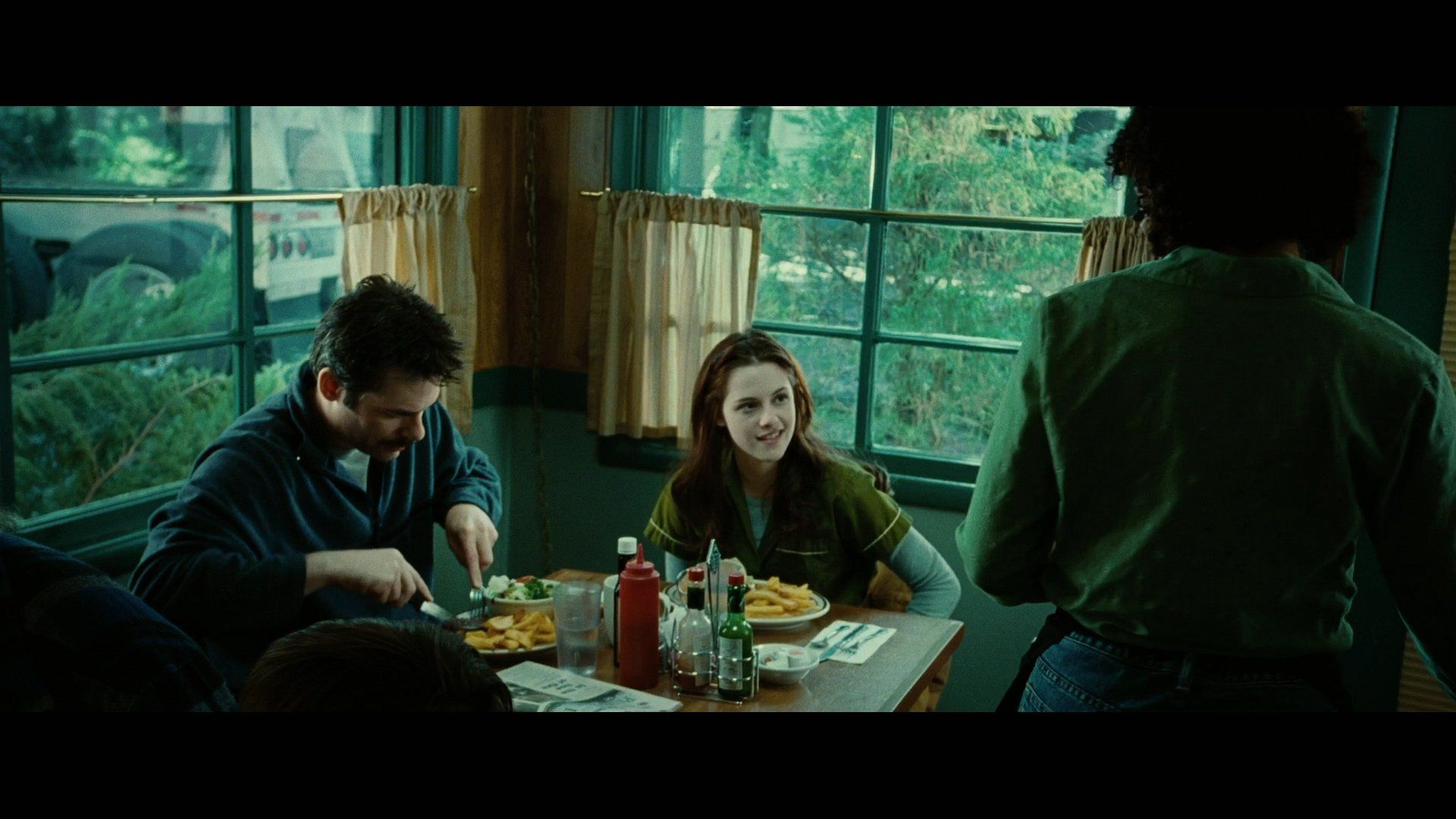 Pin By Amanda On Twilight Screencaps With Images Twilight