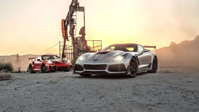 Motor Trend Staff Chevrolet Corvette Porsche 911 Porsche 911