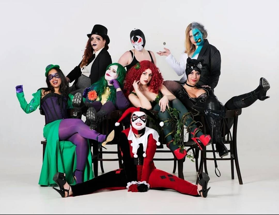 Babes of Gotham - Genderbend Batman Villians Cosplay - Penguin, Bane, Two Face, Riddler, Joker, Poison Ivy, Catwoman & Harley Quinn