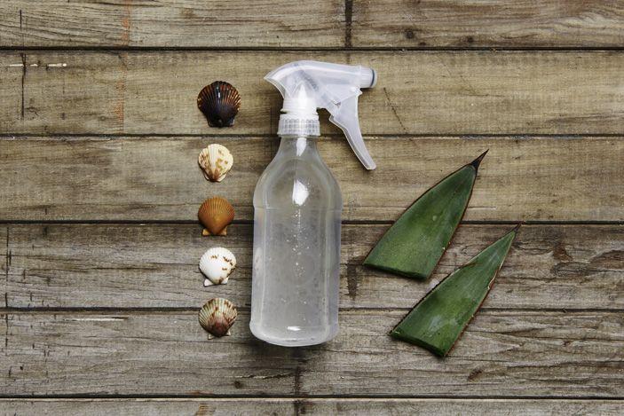 Salty Hair, Don't Care: DIY Sea Salt Spray for Beach Hair All Year Long - Roxy 1 cup warm water 1 tbs sea salt  2 tsp coconut oil 2 tsp aloe gel essential oils of your choice