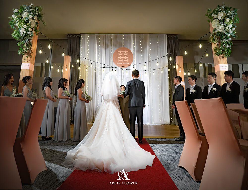 台北婚佈 Johny Emily 艾美酒店莫蘭迪花園婚禮 台北婚佈arlis Flower 婚禮佈置 婚佈價格 婚佈推薦 Wedding Dresses Lace Dresses Wedding